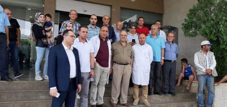 أطباء مستشفى رياق طالبوا بإطلاق الطبيب محمد علي عبدالله: تأوقف بسبب تشابه الاسماء