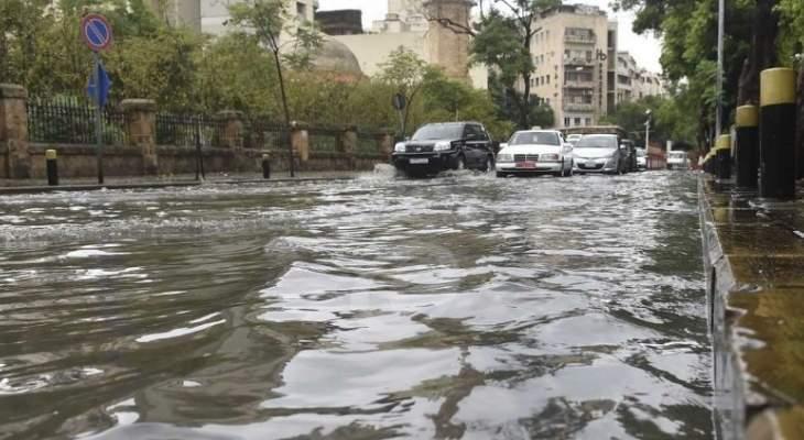 من ينقذ لبنان من الغرق؟