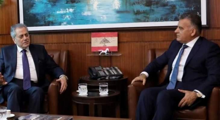 اللواء ابراهيم استقبل السفير السوري وبحث معه شؤون النازحين