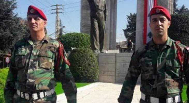 خوري وضع باسم الجمهورية اللبنانية اكليلا على ضريح بيار الجميل في بكفيا