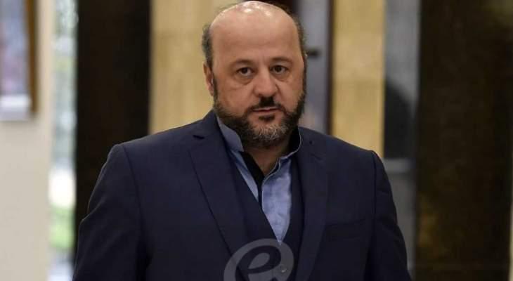 الرياشي غادر الى الكويت تلبية لدعوة رسمية يلتقي خلالها كبار المسؤولين