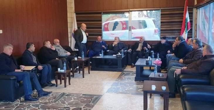 مصطفى حسين: لا أرى تشكيل حكومة قريبا ولنا الشرف أن نكون تابعين لسوريا