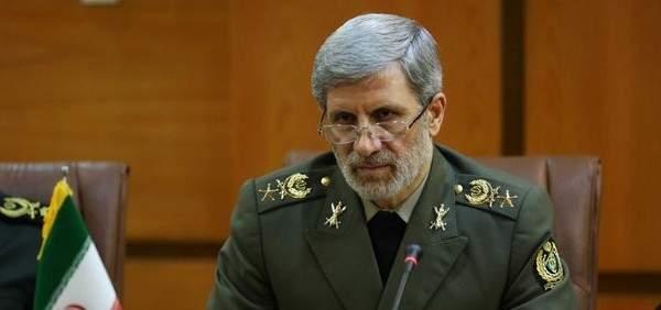 وزير الدفاع الايراني: شعبنا سيرد ردا قاصما على اميركا المجرمة