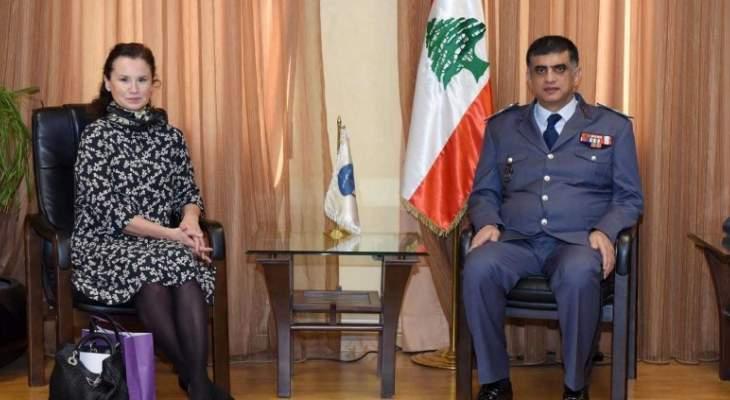 عثمان التقى سفيرة تشيكيا ووفداً من الأنتربول الدولي