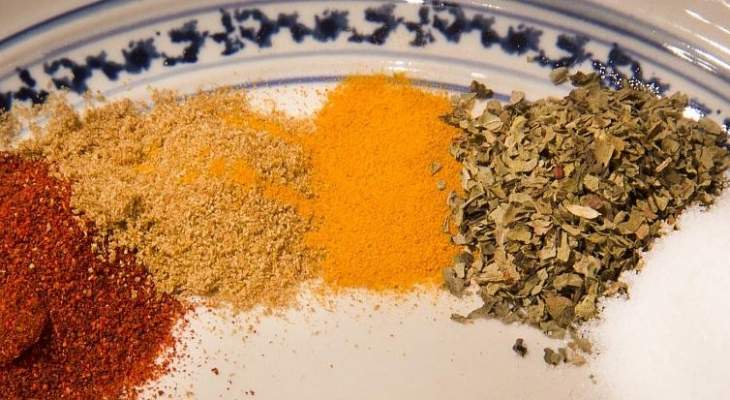 انتشار واسع لسموم فطرية في التوابل وأعشاب الطبخ في لبنان
