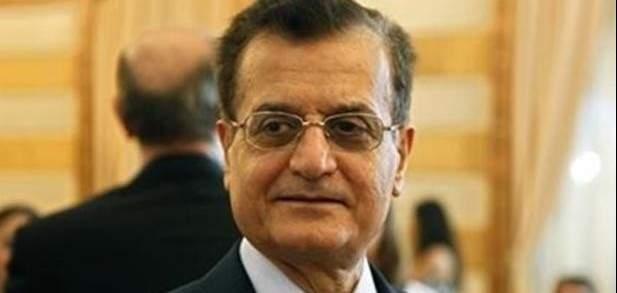 عدنان منصور: قرار تصنيف الحرس الثوري على أنه إرهابي لا يقدم أو يؤخر