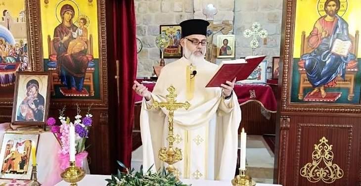 قداديس وزياحات في منطقة بنت جبيل احتفالا بأحد الشعانين