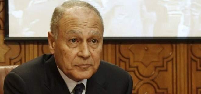 وصول أحمد أبو الغيط إلى بيت الوسط للقاء الحريري
