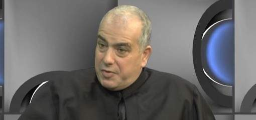 أبو كسم: كاتدرائية نوتردام احترقت لكنها لم تنهار وهذه الحادثة ستكون مصدرا للعودة إلى المسيحية بفرنسا