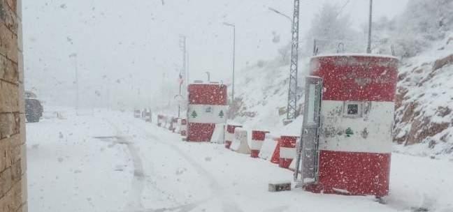 قوى الأمن: طريق ترشيش زحلة مقطوعة كلياً بسبب تراكم الثلوج