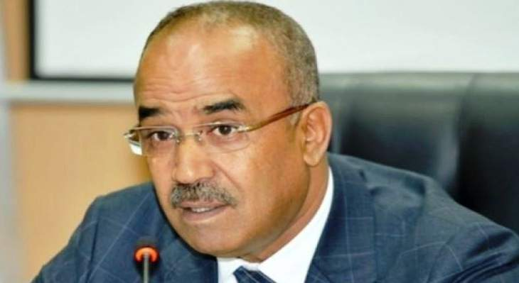 13 نقابة جزائرية رفضت دعم جهود رئيس الوزراء الجزائري لتشكيل حكومة