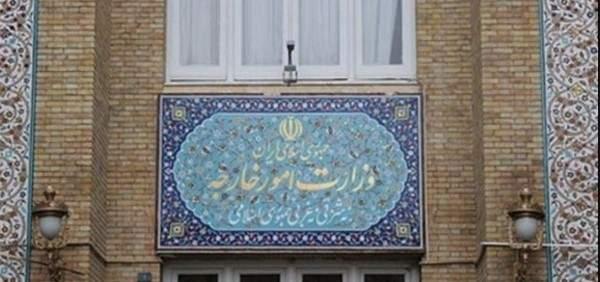 الخارجية الايرانية: العقوبات الاميركية غير قانونية ولا نعيرها أي أهمية