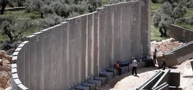 الجدار الإسرائيلي على طاولة البحث في اللقاء الثلاثي بالناقورة