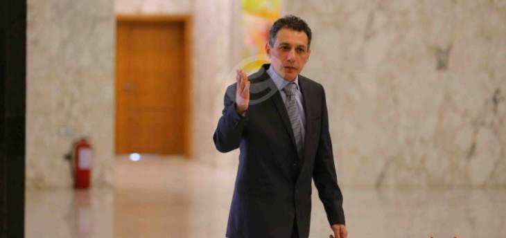 نزار زكا: لا أملك سوى الجنسية اللبنانية والباسبور اللبناني