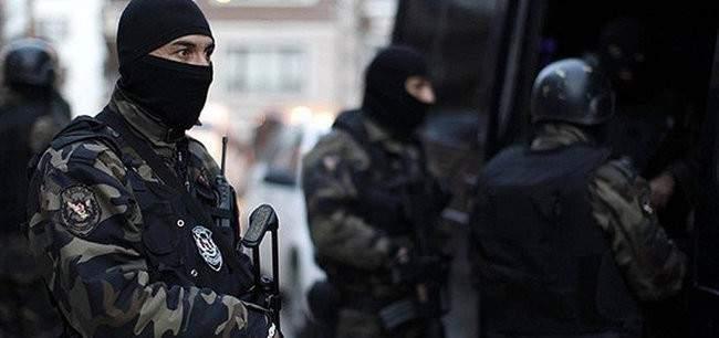 """الاناضول: الامن التركي أوقف 10 أجانب للاشتباه بانتمائهم لـ""""داعش"""""""