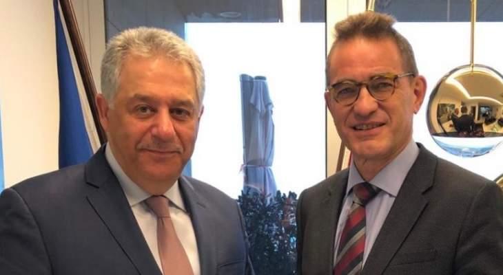 السفير الفلسطيني يلتقي السفير الالماني ويبحثان القضية الفلسطينية
