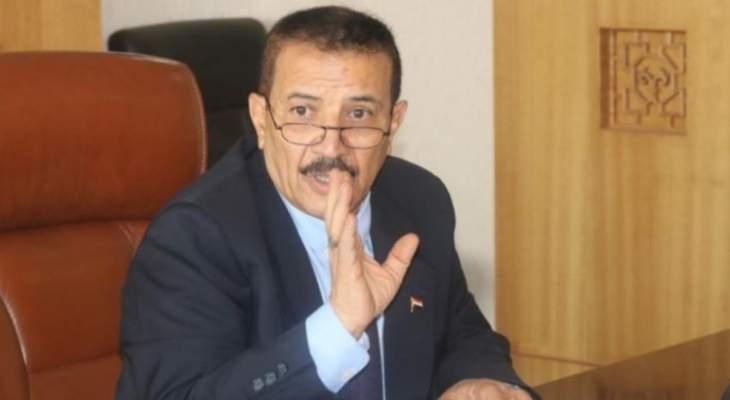 وزير خارجية حكومة صنعاء يطالب الأمم المتحدة بمنح التصاريح لسفن الوقود والمواد الغذائية