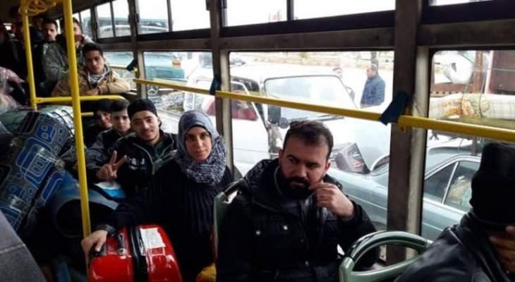 النشرة: عودة مئات النازحين السوريين من لبنان إلى قراهم في سوريا
