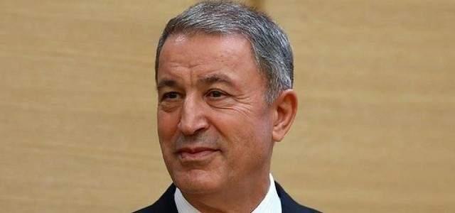 وزير دفاع تركيا: نعمل مع أميركا بموضوع إحتمال إقامة المنطقة الآمنة بسوريا