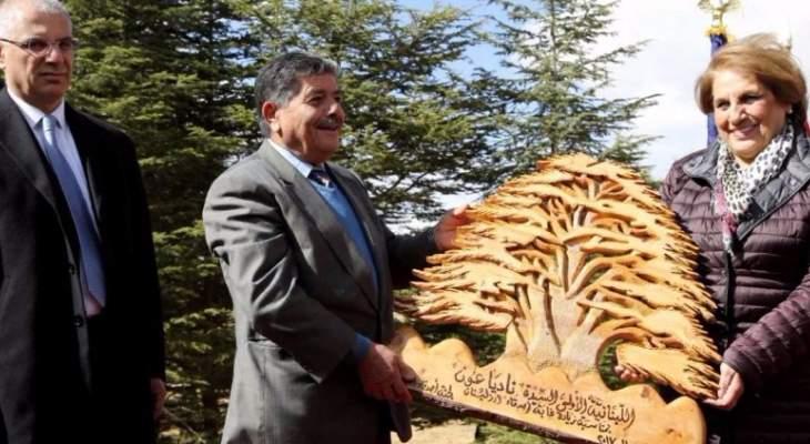 """اللبنانية الاولى تختتم حملة """"مش كل مرة بتسلم الشجرة"""" في بشري"""