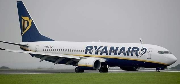 سلطات فرنسا تجبر ركاب طائرة تابعة لشركة ايرلندية على النزول بسبب مشاكل مالية للشركة