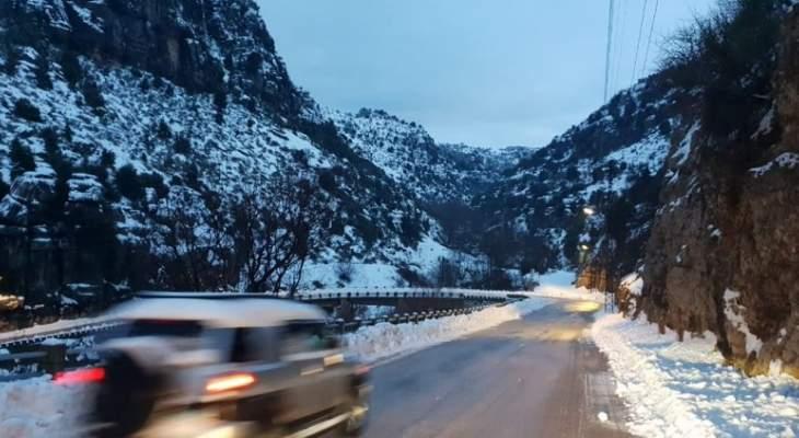 جميع الطرق إلى مراكز التزلج في كفردبيان سالكة لسيارات الدفع الرباعي
