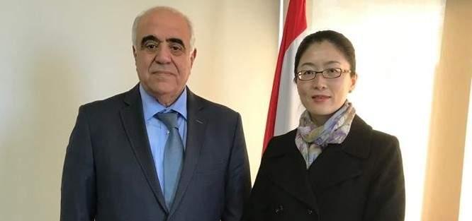 القصيفي بحث بالتعاون الإعلامي مع رئيسة الفرع السياسي في السفارة الصينية