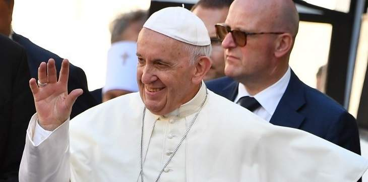 البابا فرنسيس يغادر في هذه الأثناء الفاتيكان متوجها الى الرباط