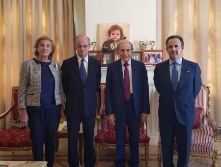 الخليل استقبل سفير اسبانيا وعرض معه الاوضاع العامة في البلاد