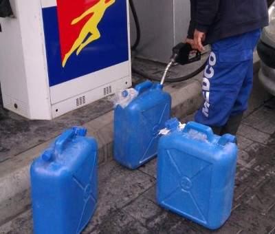 نفاد مادة البنزين في بعض محطات بعلبك وارتفاع سعر المازوت