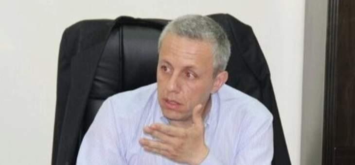 محافظ عكار يدّعي على مريض خرق تعهده بالحجر المنزلي