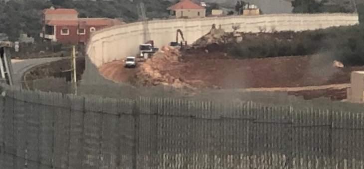العربية: العشرات يقتربون من السياج الحدودي بين لبنان وإسرائيل عند مستوطنة المطلة