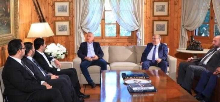 الغربي:حريصون على وحدة الدروز بعد تحويل حادثة قبرشمون إلى المجلس العدلي
