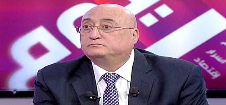 جوزيف أبو فاضل: لعدم الإنجرار خلف زعران يدعون الثورة ومشكلتنا ليست مع الطائفية بل مع الحرامية