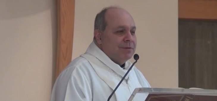 الأب مبارك: يسوع يجعلنا أقوياء من الداخل كي نعرف نواجه كل السيول التي تحيط بنا
