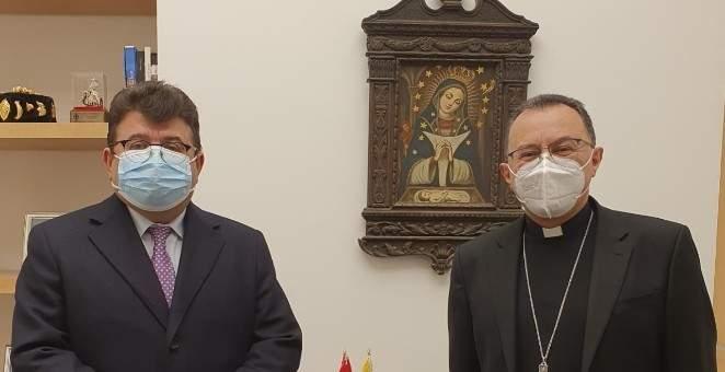 بول كنعان زار السفير البابوي