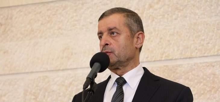 قبيسي: على الحكومة وضع حد لبعض المتفلتين ممن يتلاعبون بالعملة اللبنانية