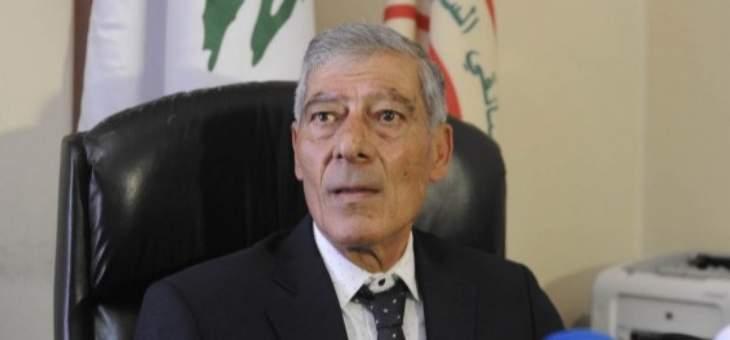 """مروان فياض: نطالب الدولة بتوقيف """"فانات"""" الموت غير المرخصة وغير الشرعية التي تعمل على المازوت"""