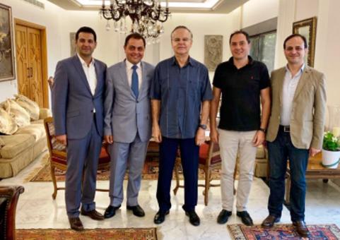 """عدوان بحث مع أساتذة اللبنانية في """"القوات"""" مطالبهم والحقوق المكتسبة"""