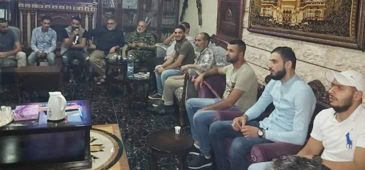 النشرة: وفد من الحراك الشعبي الفلسطيني يزور اللواء المقدح بعين الحلوة