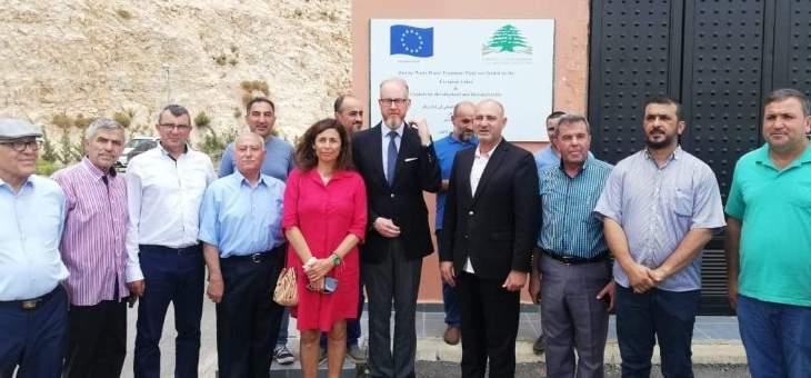 سفير السويد جال في بلدة زوطر الشرقية بدعوة من المجلس البلدي