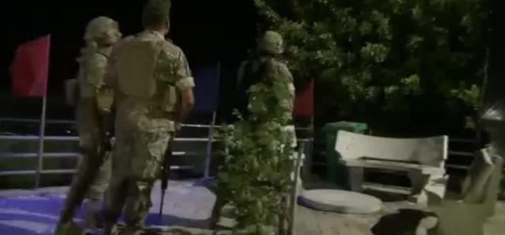 MTV: الجيش منتشر على الطرقات ولن تحدث أي اشكالات بين مناصري أمل وحزب الله والمتظاهرين