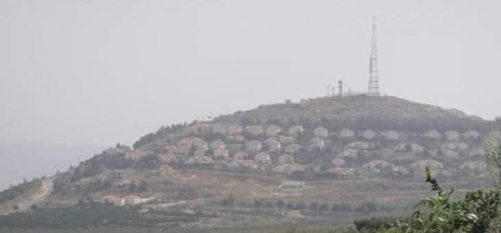 السلطات الإسرائيلية تأمر سكان بلدة المطلة قرب الحدود مع لبنان بعدم مغادرة منازلهم