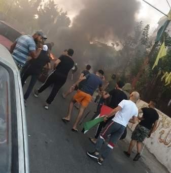 النشرة: تحرك للاجئين الفلسطيين عند مدخل مخيم الجليل رفضا لقرار أبو سليمان