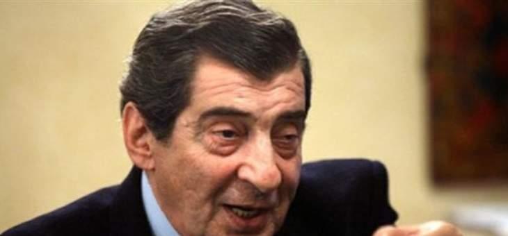 """ايلي الفرزلي أكّد عبر """"النشرة"""" أن لبنان لن يبقى معزولاً: التأخير داخلي وتشكيل الحكومة سيتم في لحظة ما"""