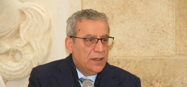 علي بزي: بري بما يمثل يشكل عائقا أمام انهيار الدولة
