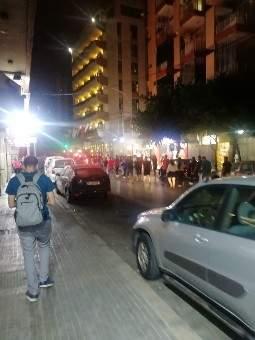 شبان جابوا شارع الحمرا احتجاجا على الوضع الاقتصادي