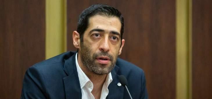 حنكش عن استنزاف الخزينة وسرقة أموال اللبنانيين: أوقح عملية سطو على شعب بتاريخ البشرية