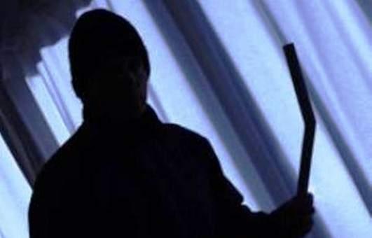 النشرة: مقتل شخص وجرح نجله بعد تعرضهما لعملية استدراج بهدف السرقة في النبي شيت