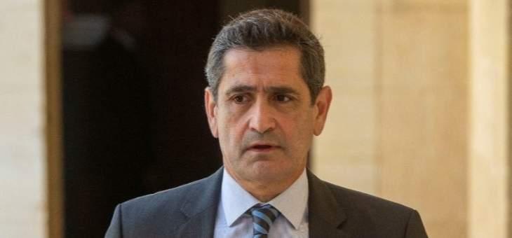 قيومجيان: بتنا بالهاوية وأقل الإيمان أن يستقيل الحريري وتُشكل حكومة جديدة